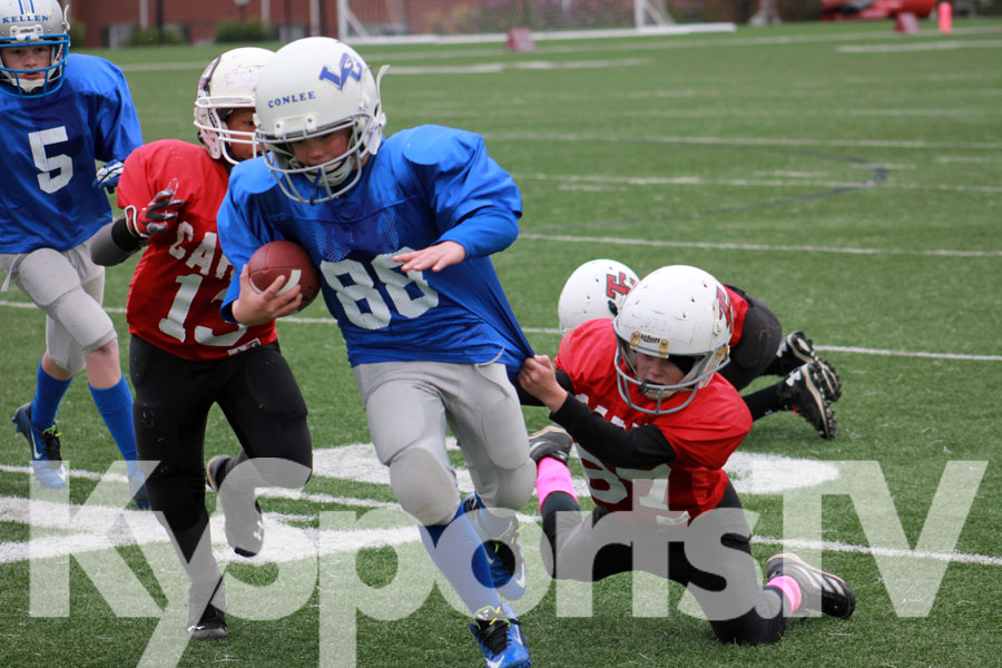 Logan Combs playing football against Monroe County 7th during the 2013-2014  Season for Casey County Middle School in Casey County, KY